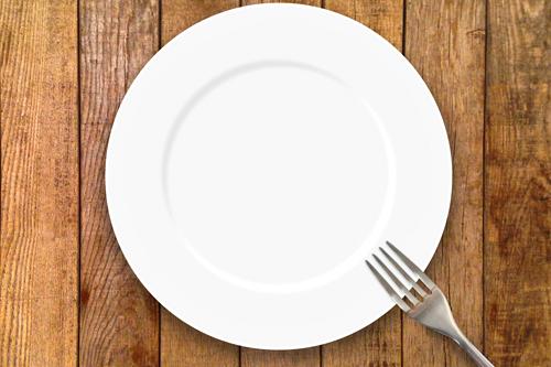 皿とフォーク